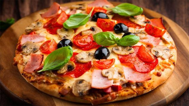 披萨自己在家也能做想吃什么放什么 营养美味轻松搞定!