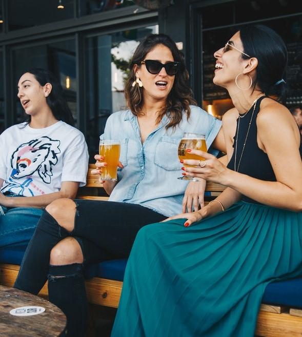 """[加拿大肝脏基金会专栏]研究警告:""""低风险饮酒"""" 也会带来严重后果"""