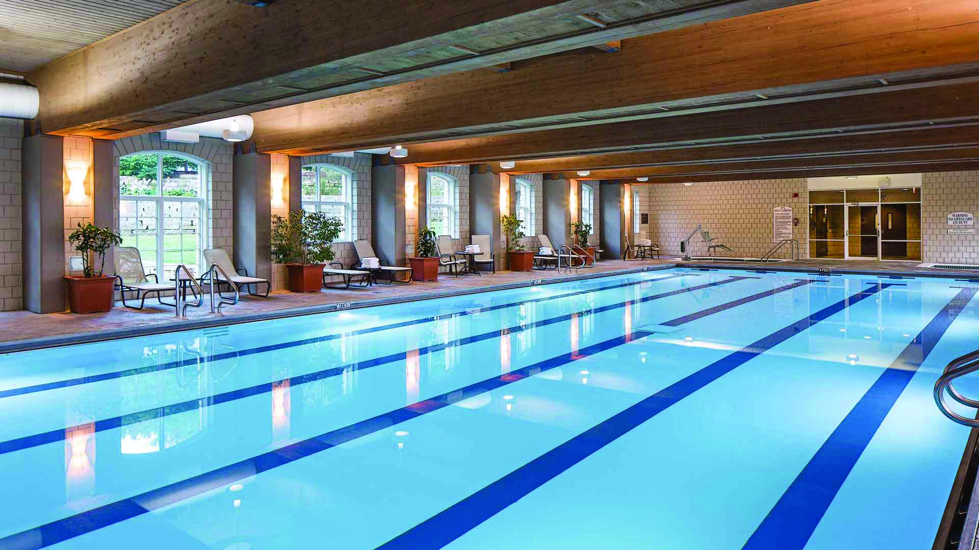 渥太华的游泳馆