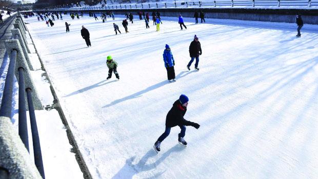 天然滑冰场——《健身贵在全民》系列之二